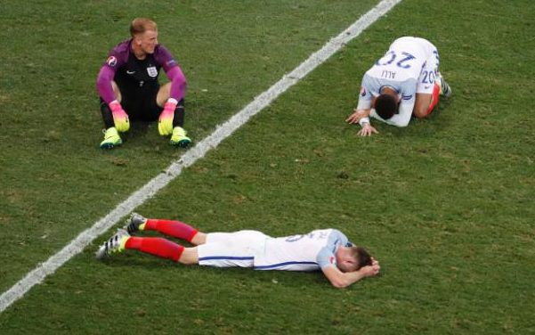 england football team dumped