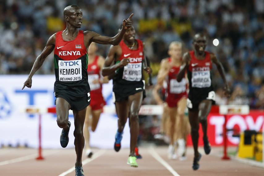 kenyan-athlete-ezekiel-kemboi-wins-gold-world-championships-beijing.