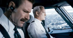 "(L-r) Aaron Eckhart as Jeff Skiles and Tom Hanks as Chesley ""Sully"" Sullenberger in ""Sully."" MUST CREDIT: Warner Bros. Pictures"