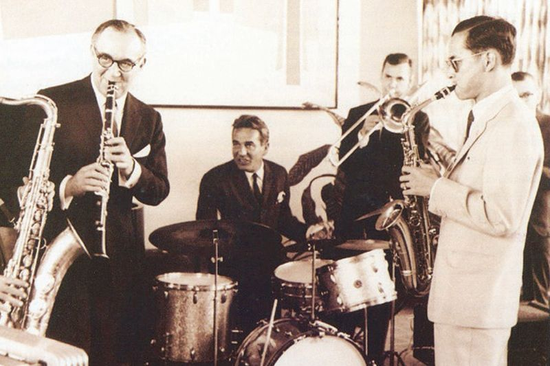 king-rama-ix-with-benny-goodman