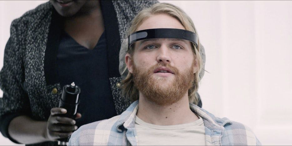 wyatt-russell-in-the-black-mirror-season-3-episode-playtest-png