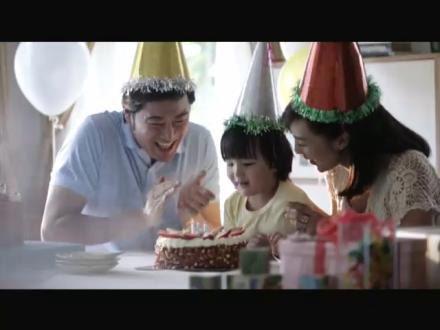 ภาพจากโฆษณาประกันชีวิต มักให้ภาพครอบครัวที่สวยงามและเป็นอุดมคติ, acnews.net