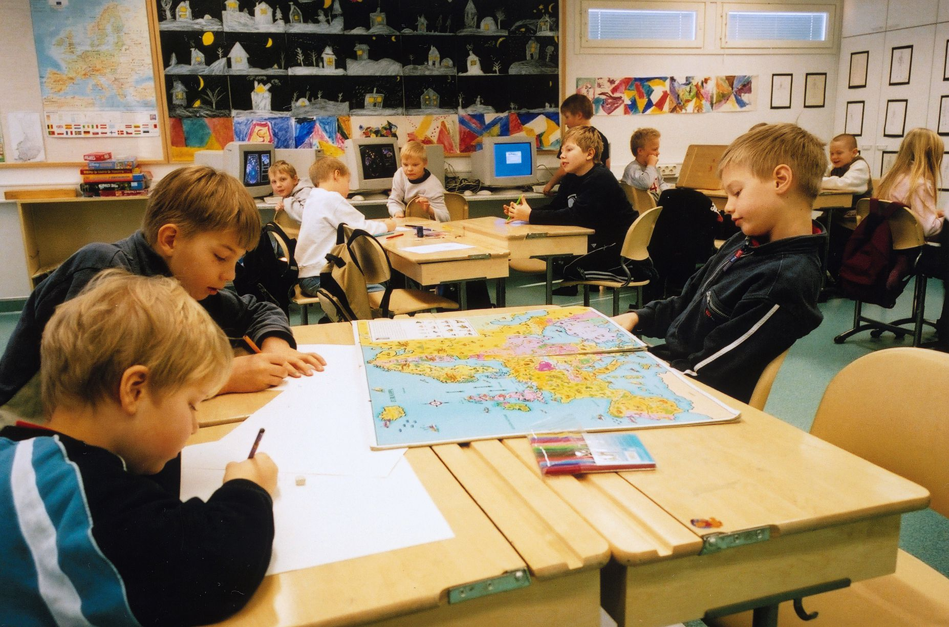 A class at the comprehensive primary school, Ilola Koulu, near Helsinki, Finland.